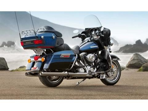 2013 Harley-Davidson Electra Glide® Ultra Limited in Rothschild, Wisconsin