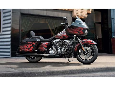 2013 Harley-Davidson Road Glide® Custom in Monroe, Michigan - Photo 4