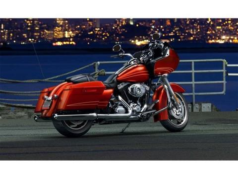 2013 Harley-Davidson Road Glide® Custom in Scott, Louisiana - Photo 4
