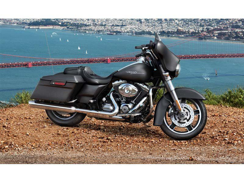 2013 Harley-Davidson Street Glide® in Tyrone, Pennsylvania - Photo 4
