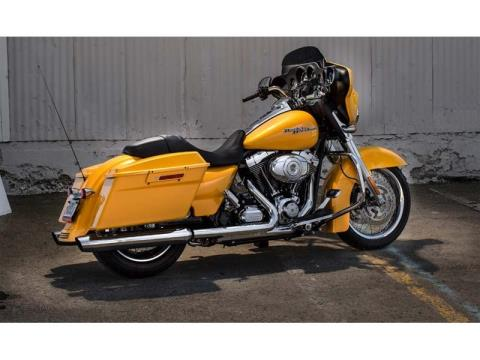 2013 Harley-Davidson Street Glide® in Monroe, Michigan - Photo 7