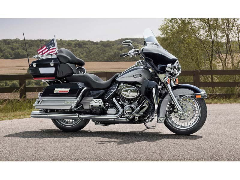 2013 Harley-Davidson Ultra Classic® Electra Glide® in Pasadena, Texas - Photo 8