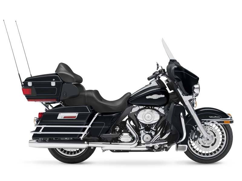 2013 Harley-Davidson Ultra Classic® Electra Glide® in Pasadena, Texas - Photo 6