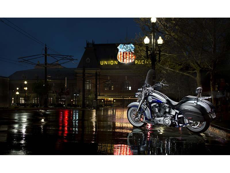 2014 Harley-Davidson CVO™ Softail® Deluxe in Guilderland, New York