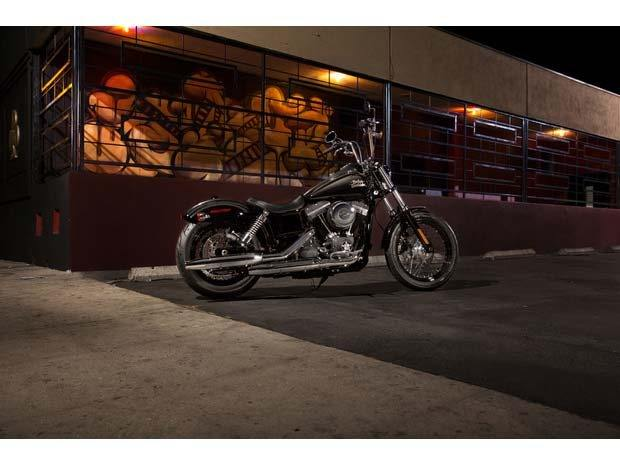2014 Harley-Davidson Dyna® Street Bob® in North Canton, Ohio - Photo 2
