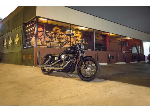 2014 Harley-Davidson Dyna® Street Bob® in North Canton, Ohio - Photo 3