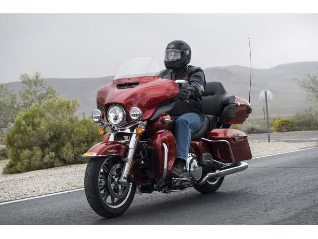 2014 Harley-Davidson Electra Glide® Ultra Classic® in Pasadena, Texas - Photo 6
