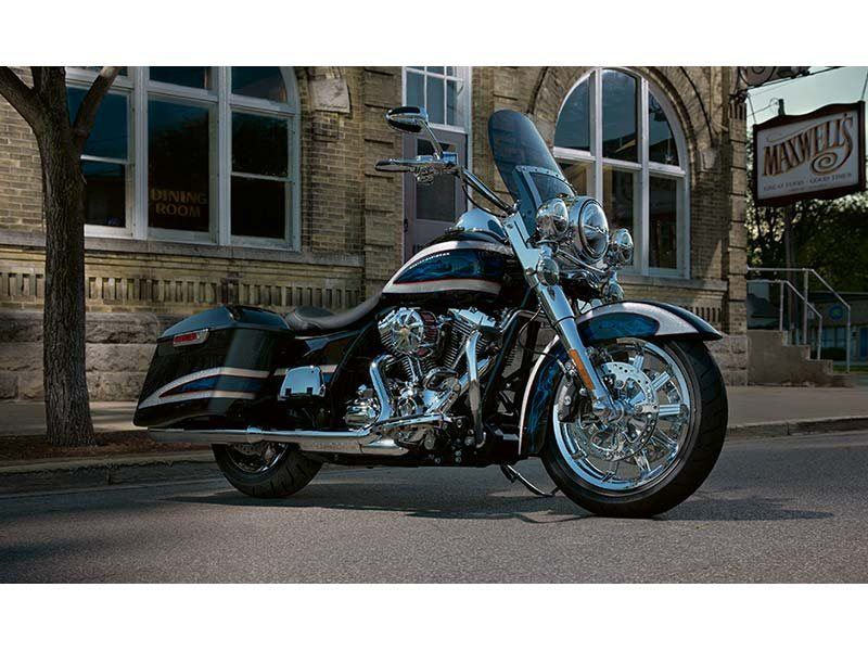 2014 Harley-Davidson Road King® in Shelbyville, Indiana - Photo 4