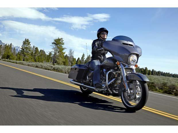 2014 Harley-Davidson Street Glide® in Paris, Texas - Photo 6