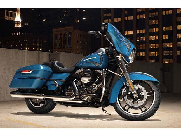 2014 Harley-Davidson Street Glide® in Paris, Texas - Photo 4