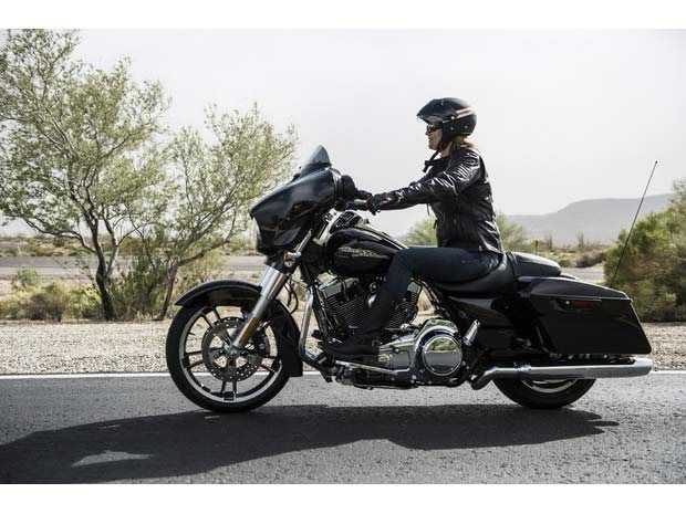 2014 Harley-Davidson Street Glide® Special in Lynchburg, Virginia - Photo 6