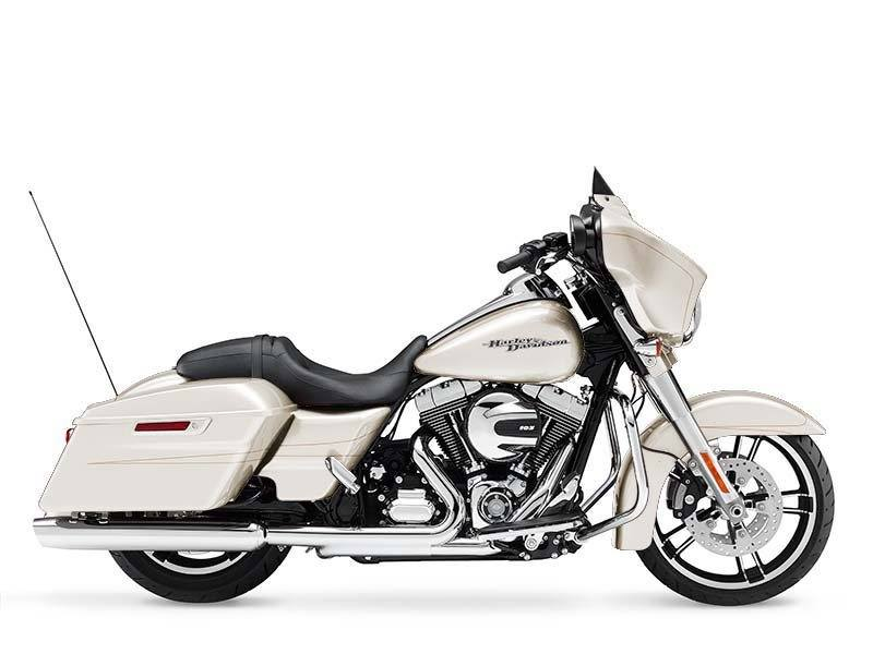 2014 Harley-Davidson Street Glide® Special in Dubuque, Iowa - Photo 14