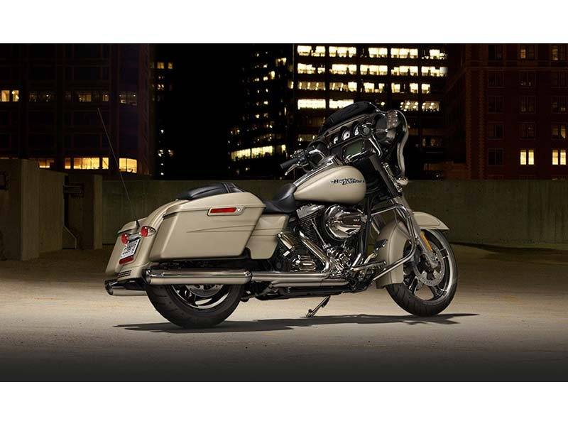 2014 Harley-Davidson Street Glide® Special in Paris, Texas - Photo 3