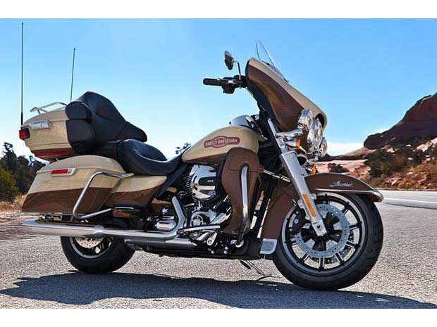 2014 Harley-Davidson Ultra Limited in Tyrone, Pennsylvania
