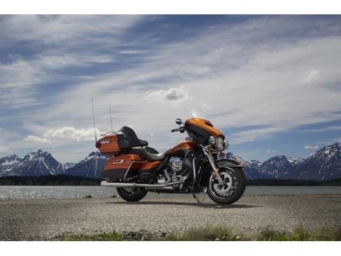 2014 Harley-Davidson Ultra Limited in Loveland, Colorado - Photo 2