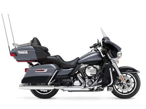 2014 Harley-Davidson Ultra Limited in New York Mills, New York