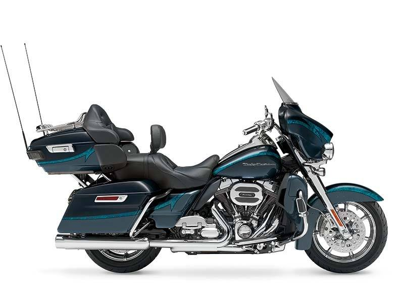 2015 Harley-Davidson CVO™ Limited in Idaho Falls, Idaho - Photo 9