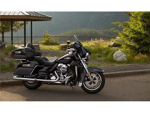2015 Harley-Davidson Electra Glide® Ultra Classic® Low in Cortland, Ohio - Photo 5