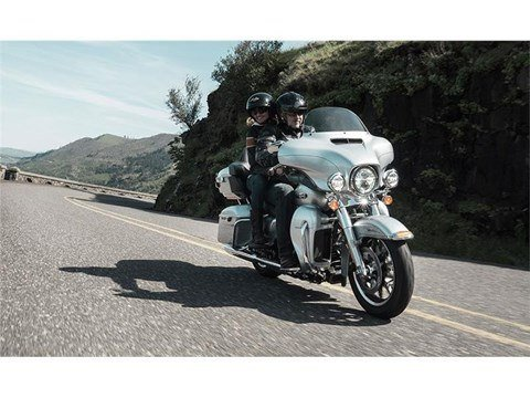2015 Harley-Davidson Electra Glide® Ultra Classic® Low in Kokomo, Indiana - Photo 9