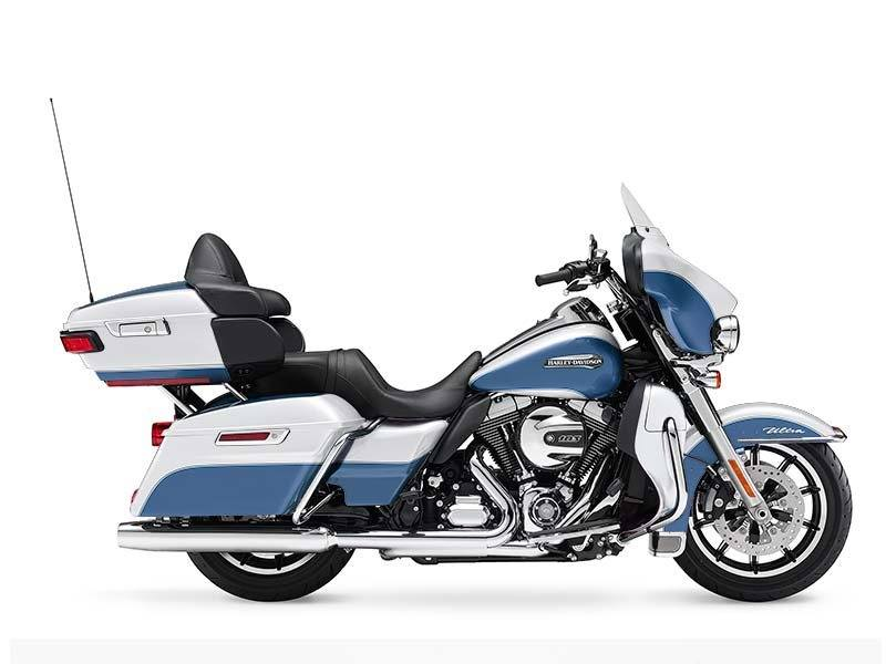 2015 Harley-Davidson Electra Glide® Ultra Classic® Low in Traverse City, Michigan
