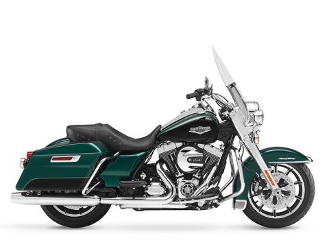 2015 Harley-Davidson Road King® in Charleston, Illinois