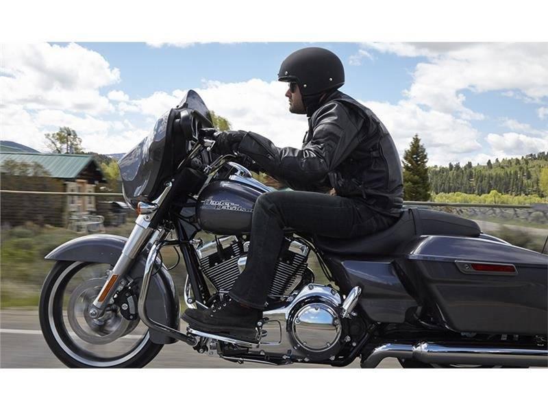 2015 Harley-Davidson Street Glide® in Mankato, Minnesota