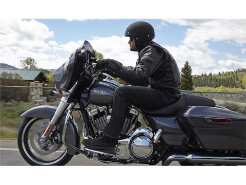 2015 Harley-Davidson Street Glide® in Tyrone, Pennsylvania - Photo 8
