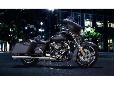 2015 Harley-Davidson Street Glide® in Racine, Wisconsin - Photo 3