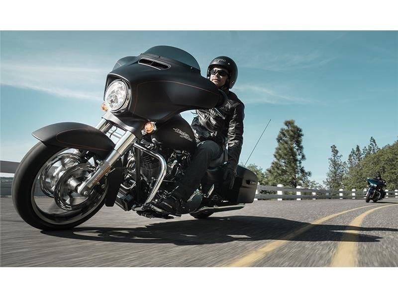 2015 Harley-Davidson Street Glide Special 7