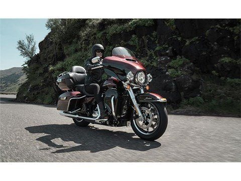 2015 Harley-Davidson Ultra Limited Low in Monroe, Michigan - Photo 5