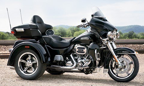 2015 Harley-Davidson Tri Glide® Ultra in Saint Paul, Minnesota - Photo 12