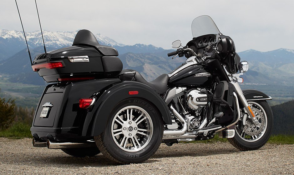 2015 Harley-Davidson Tri Glide® Ultra in Saint Paul, Minnesota - Photo 13