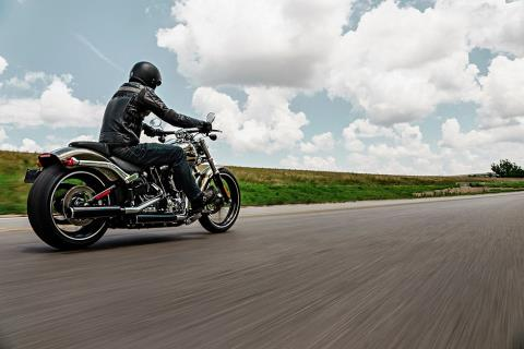 2016 Harley-Davidson Breakout® in Johnstown, Pennsylvania