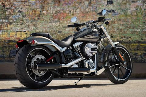 2016 Harley-Davidson Breakout® in Waterford, Michigan