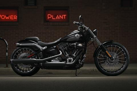2016 Harley-Davidson Breakout® in New York Mills, New York