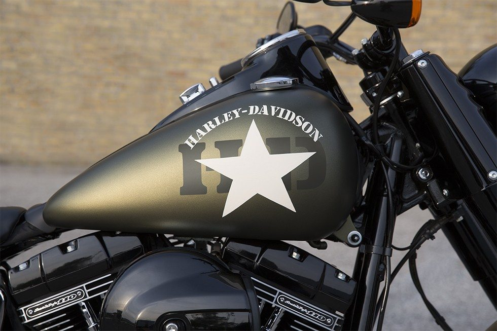 2016 Harley-Davidson Softail Slim® S in Waterford, Michigan