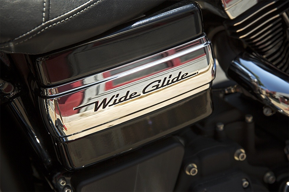 2016 Harley-Davidson Wide Glide® in Erie, Pennsylvania