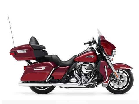 2016 Harley-Davidson Electra Glide® Ultra Classic® Low in Broadalbin, New York