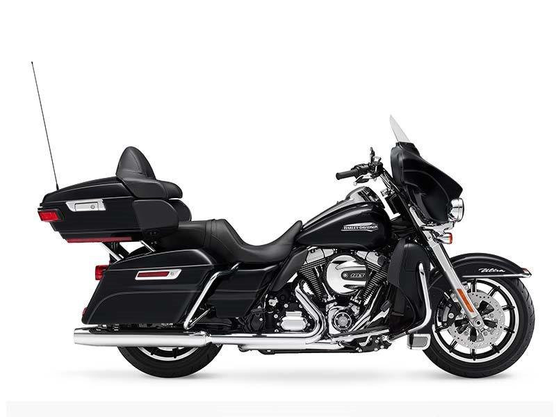 2016 Harley-Davidson Electra Glide® Ultra Classic® Low in Traverse City, Michigan
