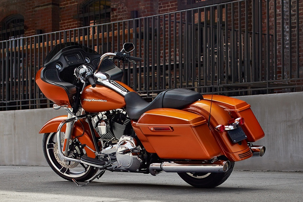 2016 Harley-Davidson Road Glide® in Blacksburg, South Carolina - Photo 2