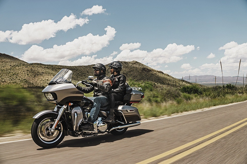 2016 Harley-Davidson Road Glide® Ultra in Mankato, Minnesota