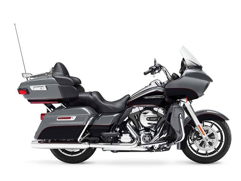 2016 Harley-Davidson Road Glide® Ultra in Johnstown, Pennsylvania