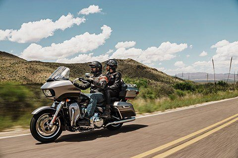 2016 Harley-Davidson Road Glide® Ultra in Knoxville, Tennessee - Photo 4