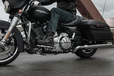 2016 Harley-Davidson Street Glide® Special in Monroe, Louisiana - Photo 15