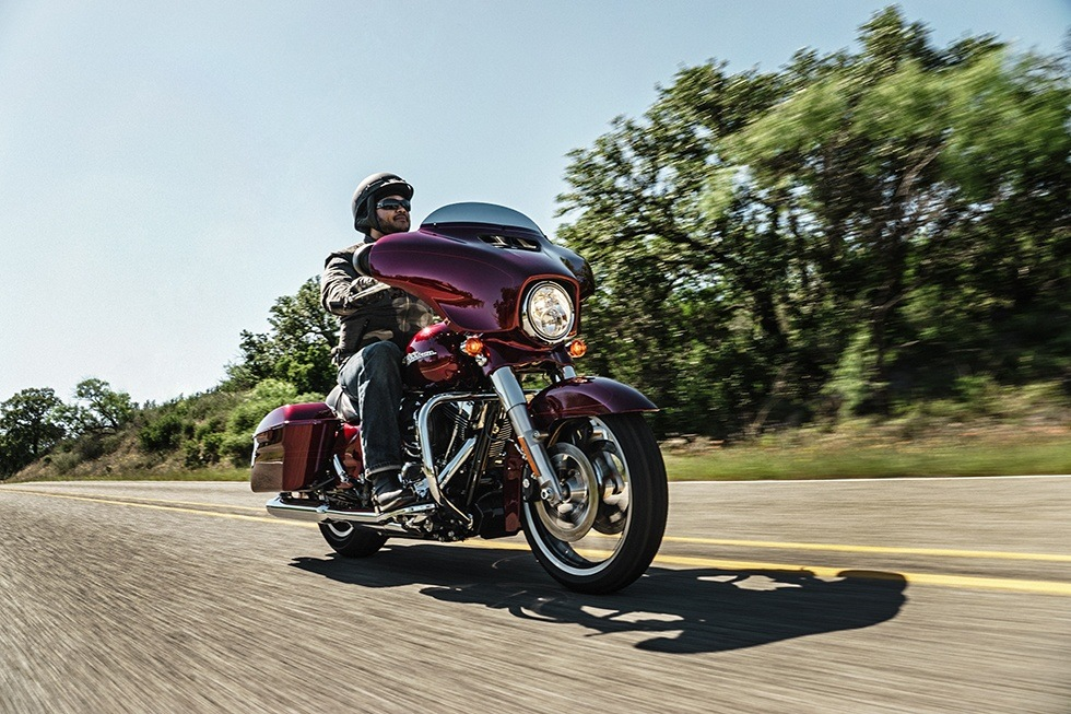 2016 Harley-Davidson Street Glide® Special in Waterford, Michigan