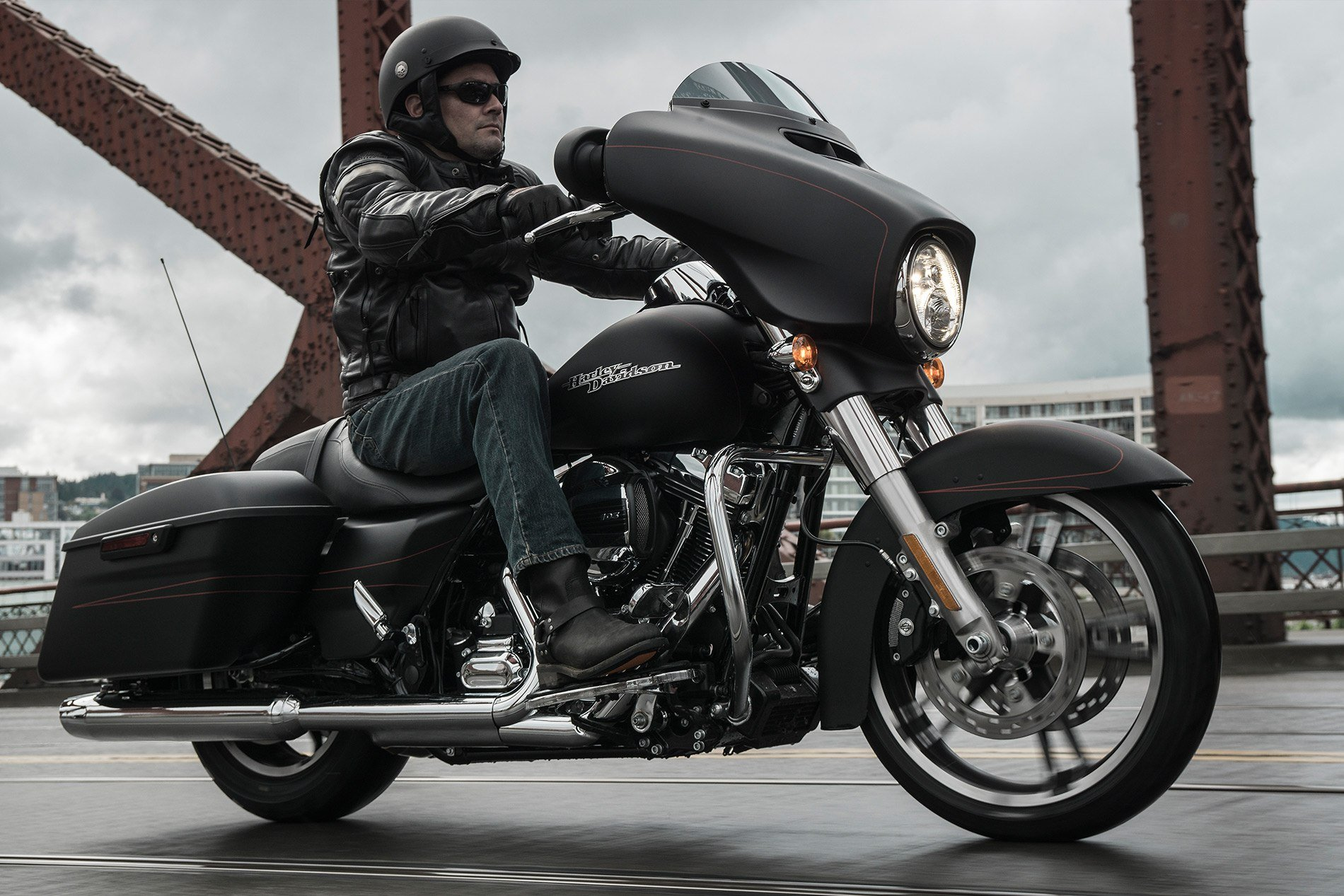 2016 Harley-Davidson Street Glide® Special in Bakersfield, California - Photo 8