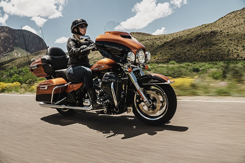 2016 Harley-Davidson Ultra Limited Low in Sunbury, Ohio