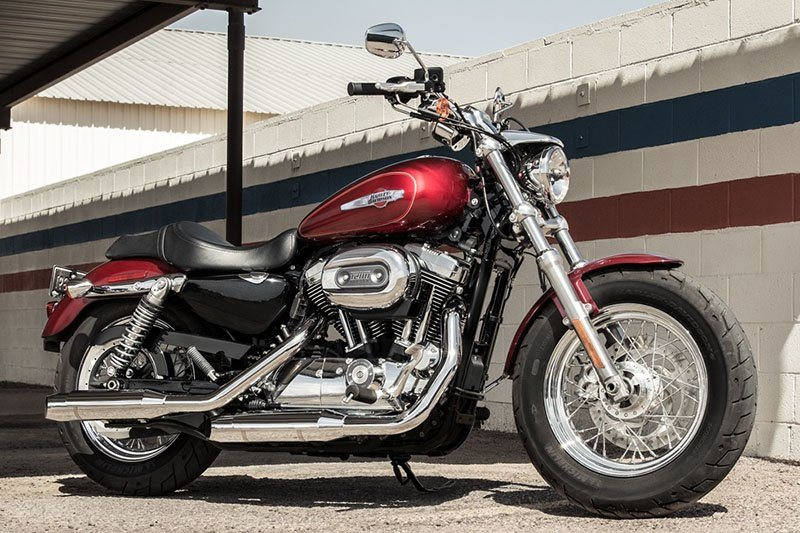 2017 Harley-Davidson 1200 Custom in Forsyth, Illinois