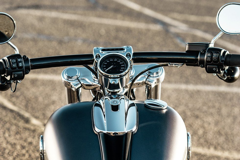2017 Harley-Davidson Breakout® in Fort Wayne, Indiana
