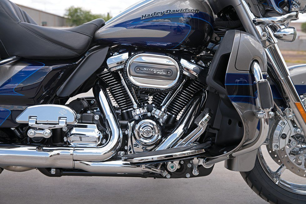 2017 Harley-Davidson CVO™ Limited® in Rothschild, Wisconsin